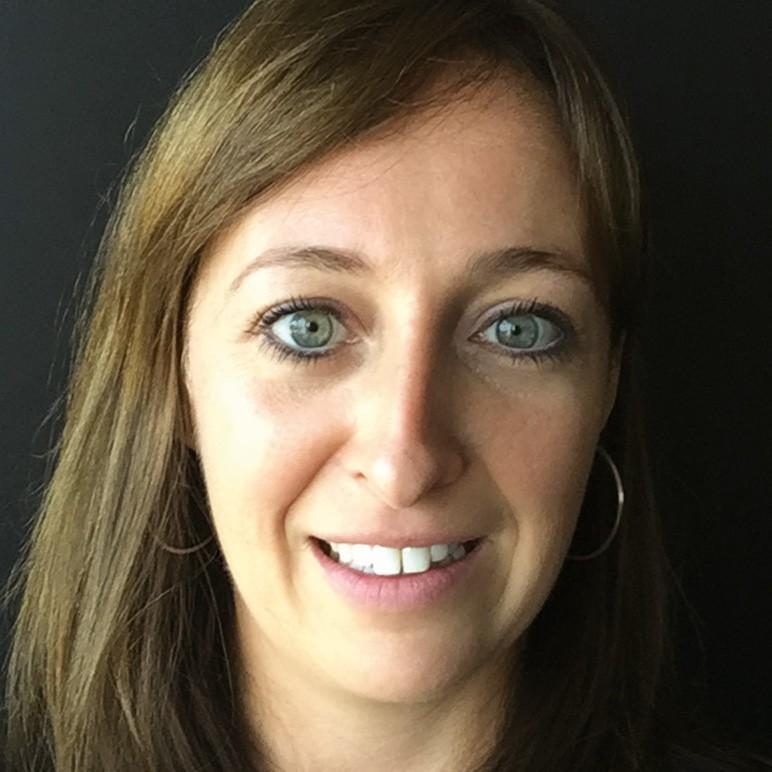 Karlien Demil